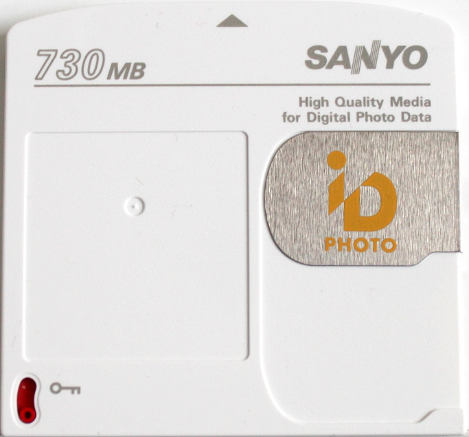 Sanyo ID Photo Disk front