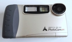AOL PhotoCam Plus (© digicammuseum.com)