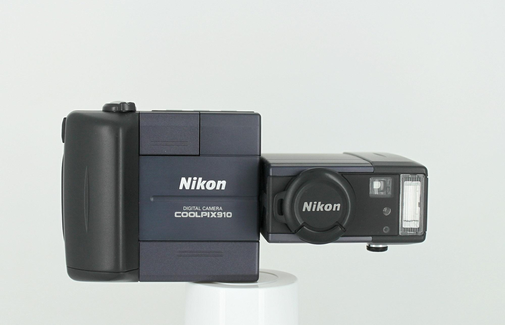 Nikon CoolPix 910 (1998)
