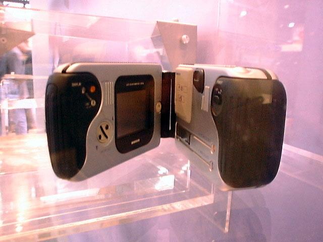 Samsung SDC-56 (© watch.impress.co.jp)